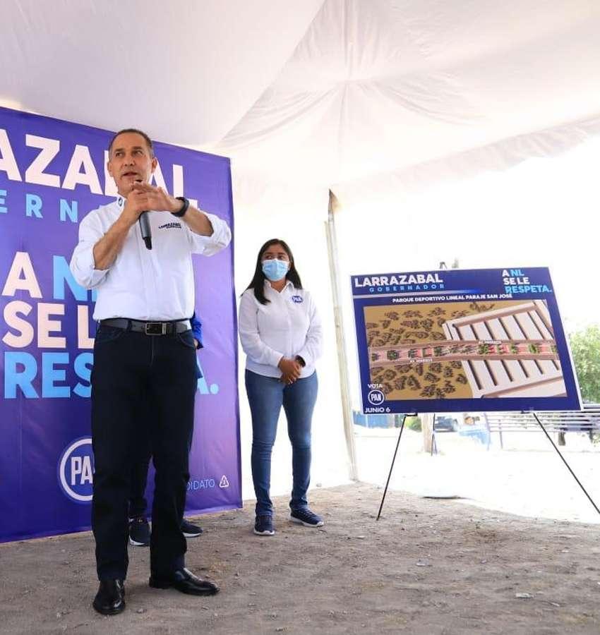 Larrazábal se compromete a hacer un parque lineal en García
