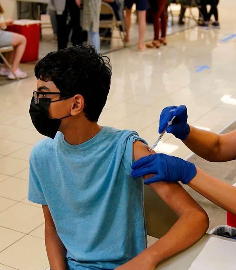 Europa aprueba la vacuna de Pfizer y BioNTech para niños de 12 a 15 años