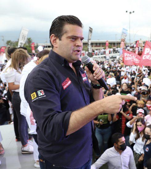 """""""Toda la seguridad de Monterrey, estará a cargo de la policía regia"""", Paco Cienfuegos."""