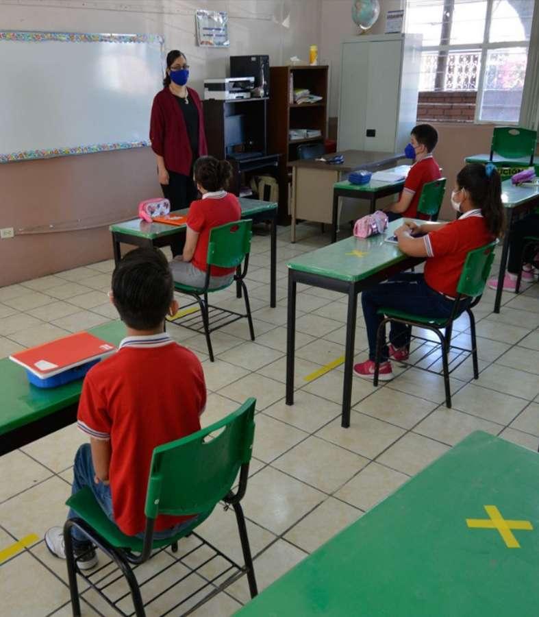 Escobedo presenta su protocolo de regreso a clases garantizando seguridad
