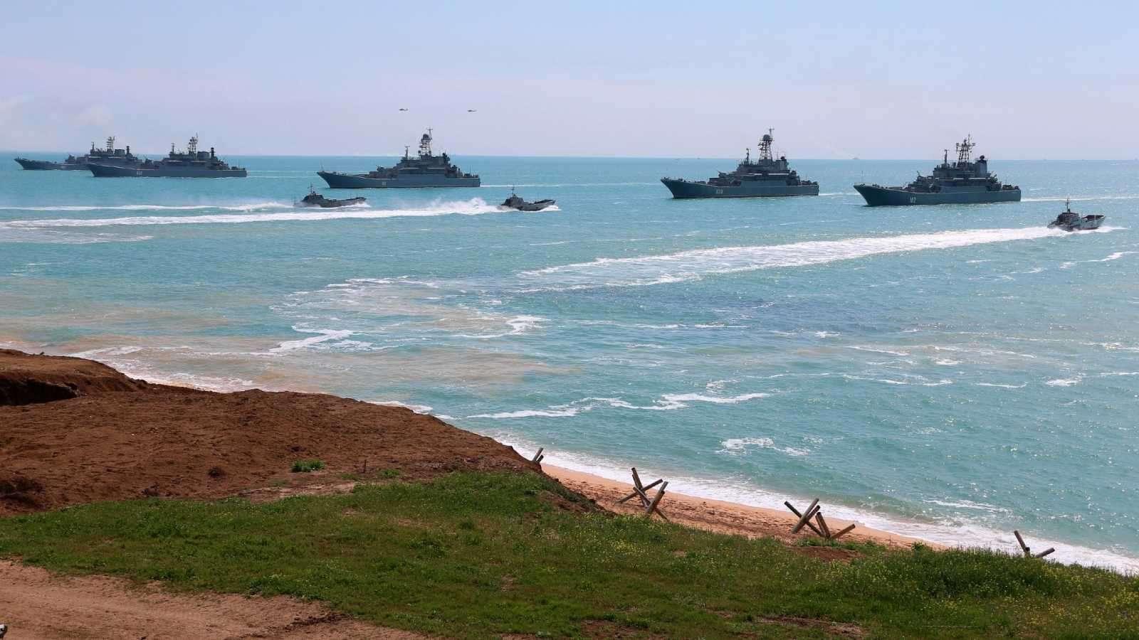 Rusia retirará tropas de frontera con Ucrania